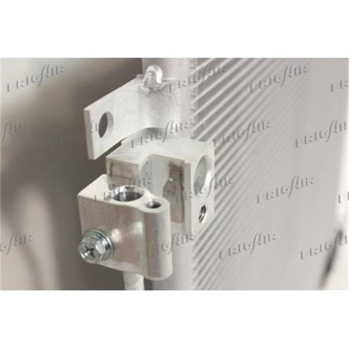 Kondensator/Klimakühler - PKW - Nissan